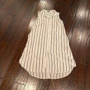 Zara dress shirt with side pocket